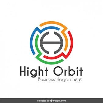 Logotipo colorido em forma de labirinto circular