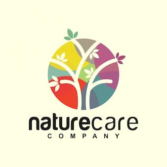 Logotipo da árvore de cuidados da natureza