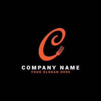 Logotipo da c food letter com o símbolo do garfo