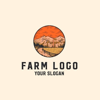 Logotipo da fazenda com montanhas