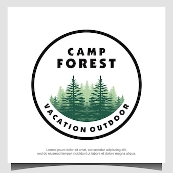Logotipo da floresta de pinheiros perenes