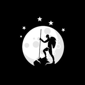 Logotipo da ilustração do alpinista com vetor da lua