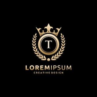 Logotipo da letra dourada real coroa t