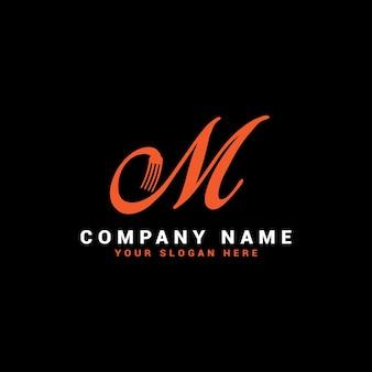 Logotipo da m food letter com o símbolo do garfo