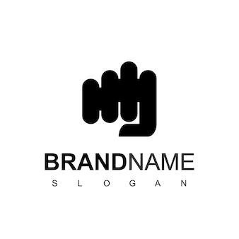 Logotipo da mão de soco isolado no fundo branco