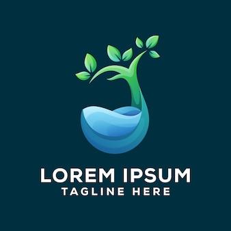 Logotipo de água natural verde premium