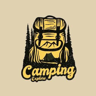 Logotipo de aventura de mochila de acampamento
