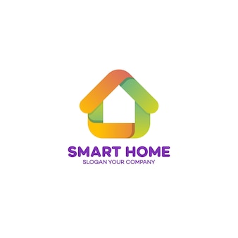 Logotipo de casa inteligente verde e laranja em branco