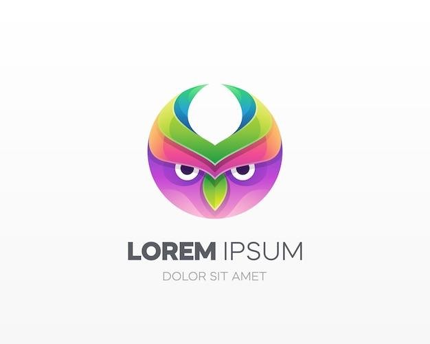 Logotipo de coruja colorida