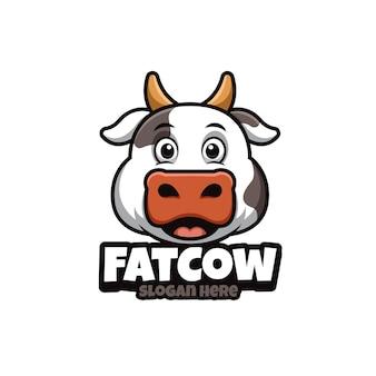 Logotipo de desenho animado com vaca gorda fofa
