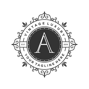 Logotipo de luxo vintage para casamento
