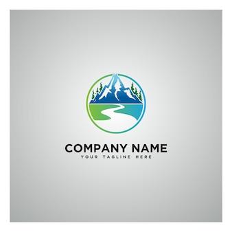 Logotipo de montanhas com cores de inclinação