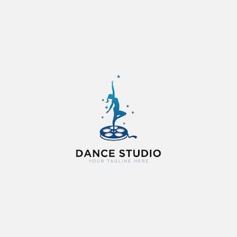 Logotipo de treinamento de estúdio de dança