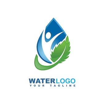 Logotipo de vetor de gota de água com folha verde e mão