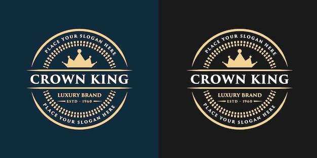 Logotipo decorativo floral de luxo ouro monograma vintage com modelo de design de coroa