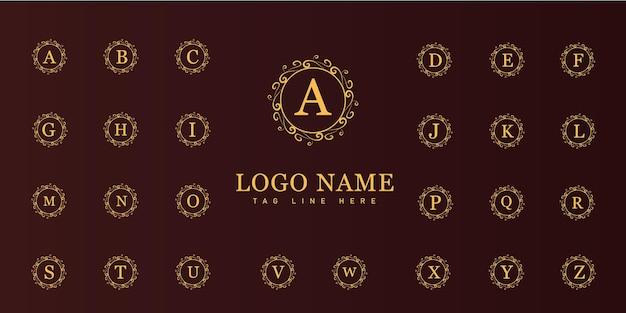 Logotipo do antigo emblema vitoriano de luxo retrô com moldura ornamental