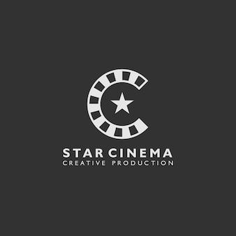 Logotipo do cinema estrela com forma de filme em rolo