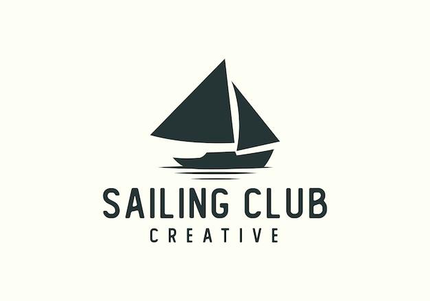 Logotipo do clube de barco à vela criativa