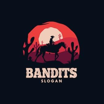 Logotipo do cowboy bandido montando um cavalo à noite