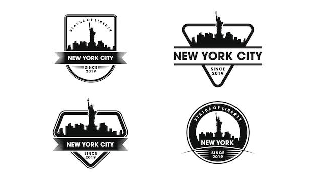 Logotipo do emblema de nova york. silhueta do horizonte de nova york e pontos turísticos