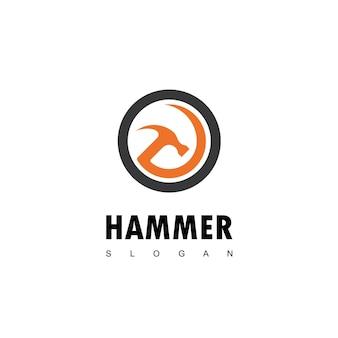 Logotipo do martelo para manutenção de construções e reparos domésticos