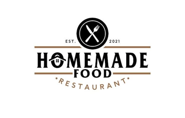 Logotipo do restaurante doméstico com garfo e faca cruzados
