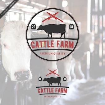 Logotipo do vintage de cattlefarm Vetor Premium
