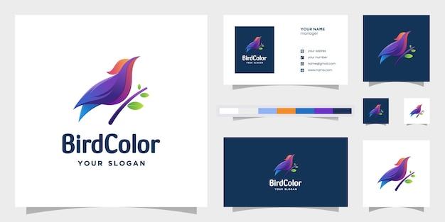 Logotipo gradiente de pássaro incrível. modelos de logotipo e cartão de visita