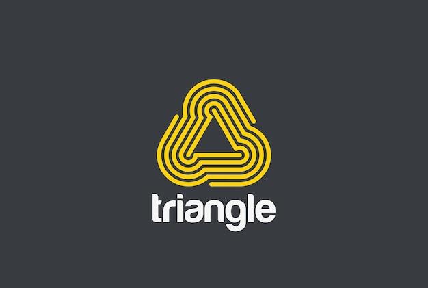 Logotipo infinito em loop de triângulo.