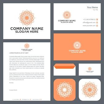 Logotipo ornamental floral e cartão de visita premium