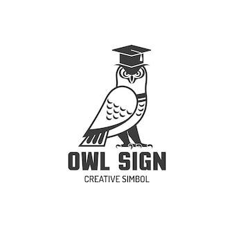 Logotipo plano de coruja