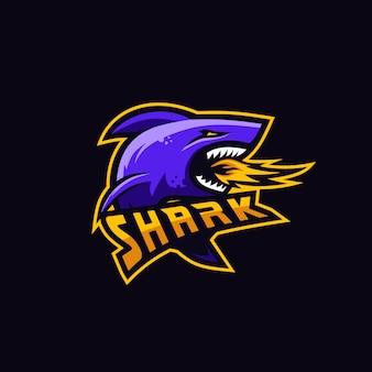Logotipo premium de tubarão para jogos de esquadrão