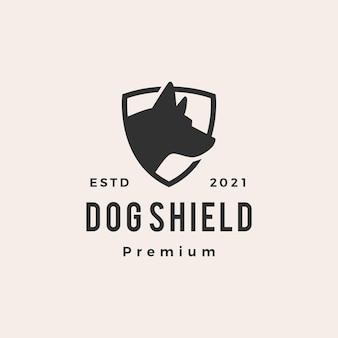 Logotipo vintage moderno com escudo de cachorro
