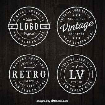 Logotipos arredondados vintage ajustados