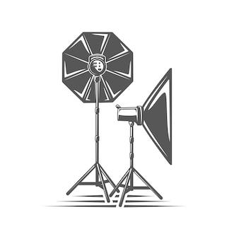 Luz do estúdio fotográfico isolada no fundo branco