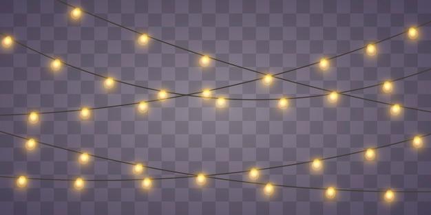Luzes de natal amarelas isolaram elementos de design realista. luzes de natal isoladas em fundo transparente. guirlanda brilhante de natal. ilustração