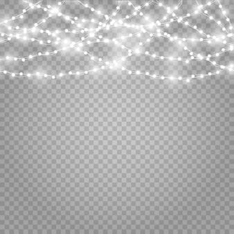 Luzes de natal em um fundo transparente bonito.