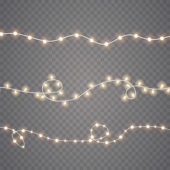 Luzes de natal isoladas em fundo transparente. guirlanda de natal brilhante. ilustração vetorial