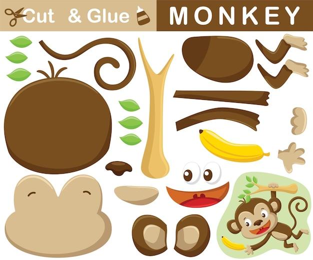 Macaco engraçado pendurado em galhos de árvores tentando alcançar uma banana. jogo de papel de educação para crianças. recorte e colagem. ilustração dos desenhos animados