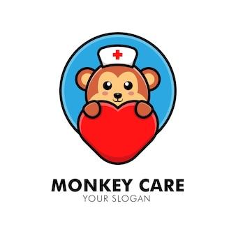 Macaco fofo abraçando o logotipo de cuidados com o coração animal ilustração de design