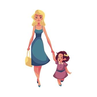 Mãe e filha caminhando juntos