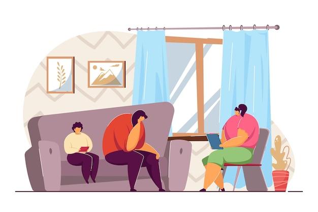 Mãe e filho em consulta com psicólogo. ilustração em vetor plana. mulher triste e menino brincando com o tablet, sentado no sofá, indo para a terapia familiar. psicoterapia, psicologia, conceito de ajuda