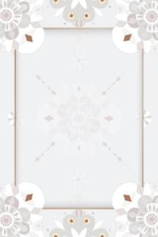 Mandala oriental com moldura floral