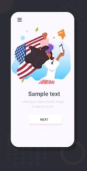Manifestante de mulher com bandeira usando campanha de smartphone contra discriminação racial