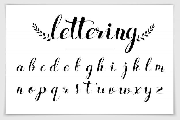 Mão de alfabeto escrita com caneta pincel.