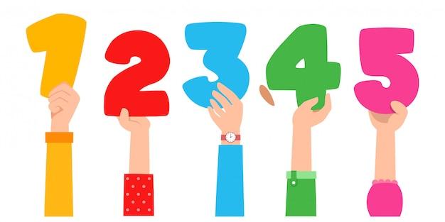 Mão de desenhos animados com números. conceito de educação