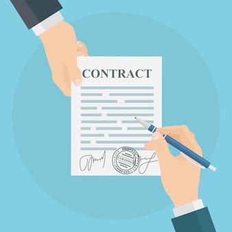 Mão de homem segurando documentos e caneta