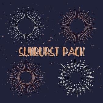 Mão desenhada retro sunburst, velhos raios de luz, pacote de raios de sol vintage.