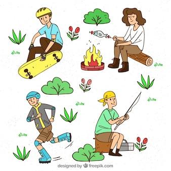 Mão desenhadas pessoas fazendo atividades ao ar livre