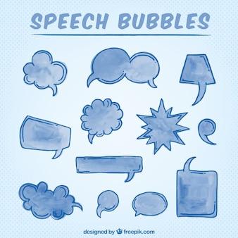 Mão discurso desenhado da aguarela bolhas na cor azul